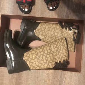 Fleece lined coach rain boots